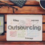 How to Manage Risks in Software Outsourcing?