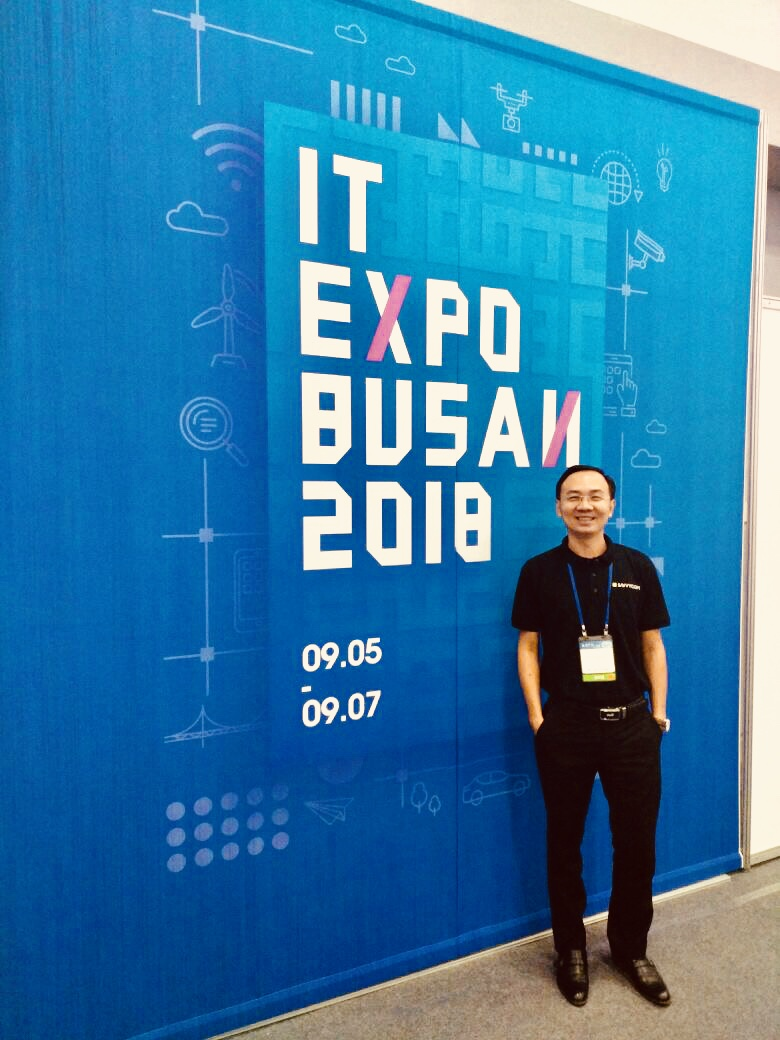 IT expo busan 2018, Duc Ngo,savvycom in korean it expo event